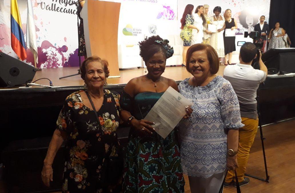 Mercedes Segura, de la Minga CNOA Buenaventura, recibe Galardón Mujer Vallecaucana