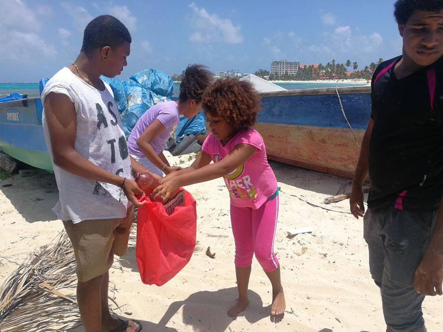 FUBETA Caribe promueve la Belleza y cuidado ambiental en San Andres ïsla
